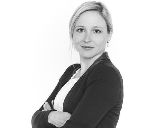 Mag. Julia Barenth