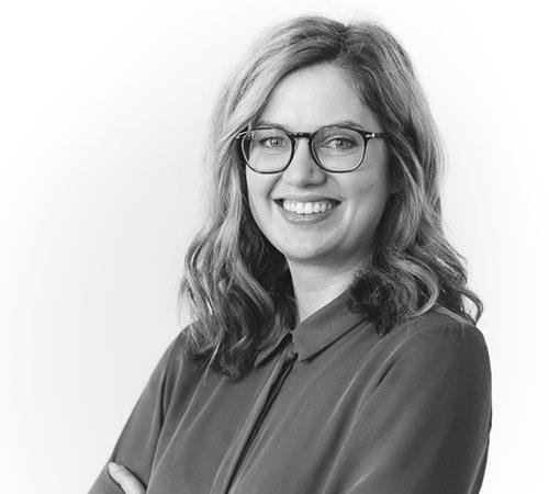 Dr. Laura Schindl
