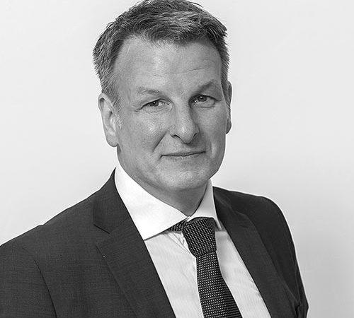 Dr. Kurt Aschbacher
